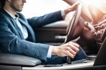 Auto Van De Zaak Of Privé? Wat Is Voor U De Voordeligste Optie?